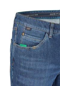 Club of Comfort - Straight leg jeans - mittelblau 943 - 4