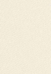 Topshop Beauty - LONGWEAR PRESSED POWDER - Powder - CRM cashew - 2