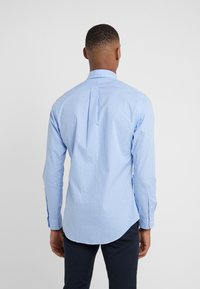 Polo Ralph Lauren - NATURAL SLIM FIT - Shirt - blue/white - 2