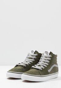 Vans - SK8 - Sneakersy wysokie - grape leaf/drizzle - 3