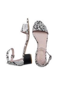 Eva Lopez - Sandals - blanco - 2