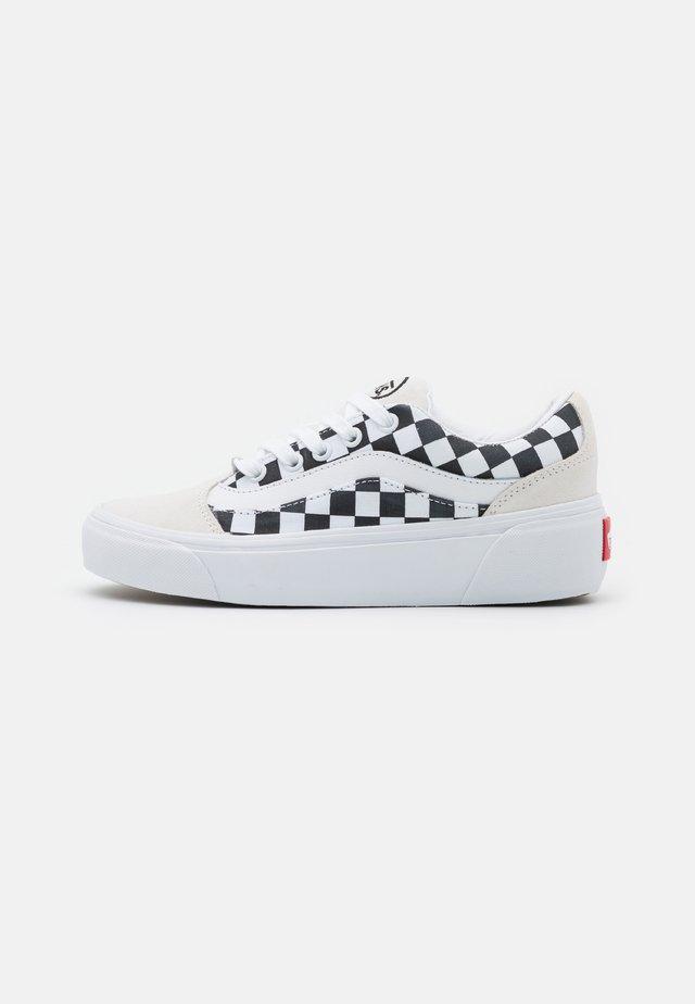 SHAPE NI - Zapatillas - blanc de blanc/true white