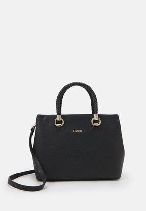 L SATCHEL DOUBLE ZIP - Handbag - nero