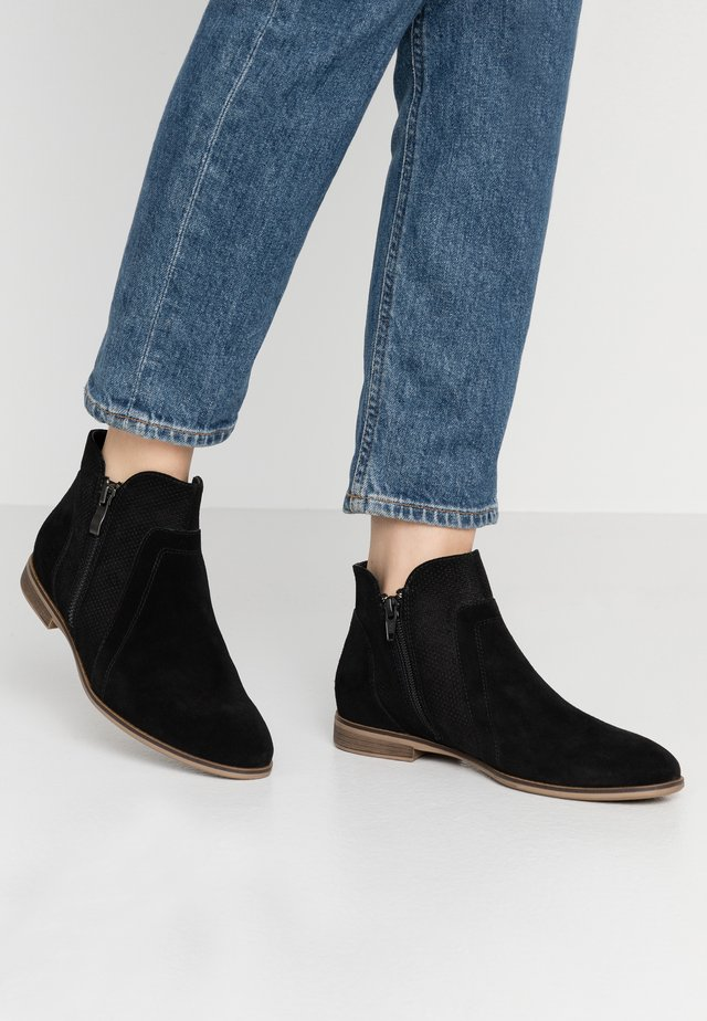 LEATHER ANKLE BOOTS - Ankle boots - black