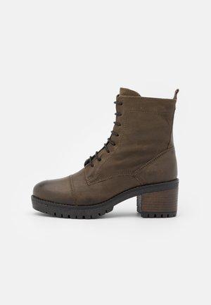 AMY - Platform ankle boots - khaki