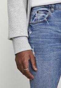 PULL&BEAR - Jeans Skinny Fit - stone blue denim - 3