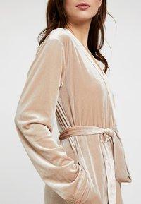 OW Intimates - KATRINA ROBE - Dressing gown - almond - 5