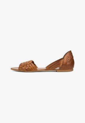Sandals - lightbrown