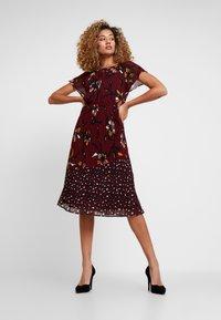 s.Oliver BLACK LABEL - Day dress - red - 0
