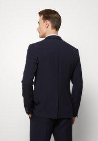Ben Sherman Tailoring - STRUCTURE SUIT - Kostuum - navy - 3