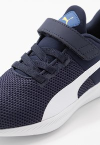 Puma - FLYER RUNNER UNISEX - Neutral running shoes - galaxy blue/white/peacoat/meadowlark - 2