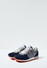 Pepe Jeans - VERONA W NIGHT - Zapatillas - airforce blue - 1