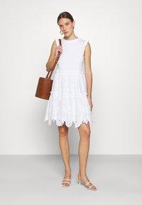 kate spade new york - MEDIA BRODRE DRESS - Denní šaty - fresh white - 1