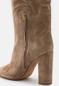 Pura Lopez - High heeled boots - montone - 4
