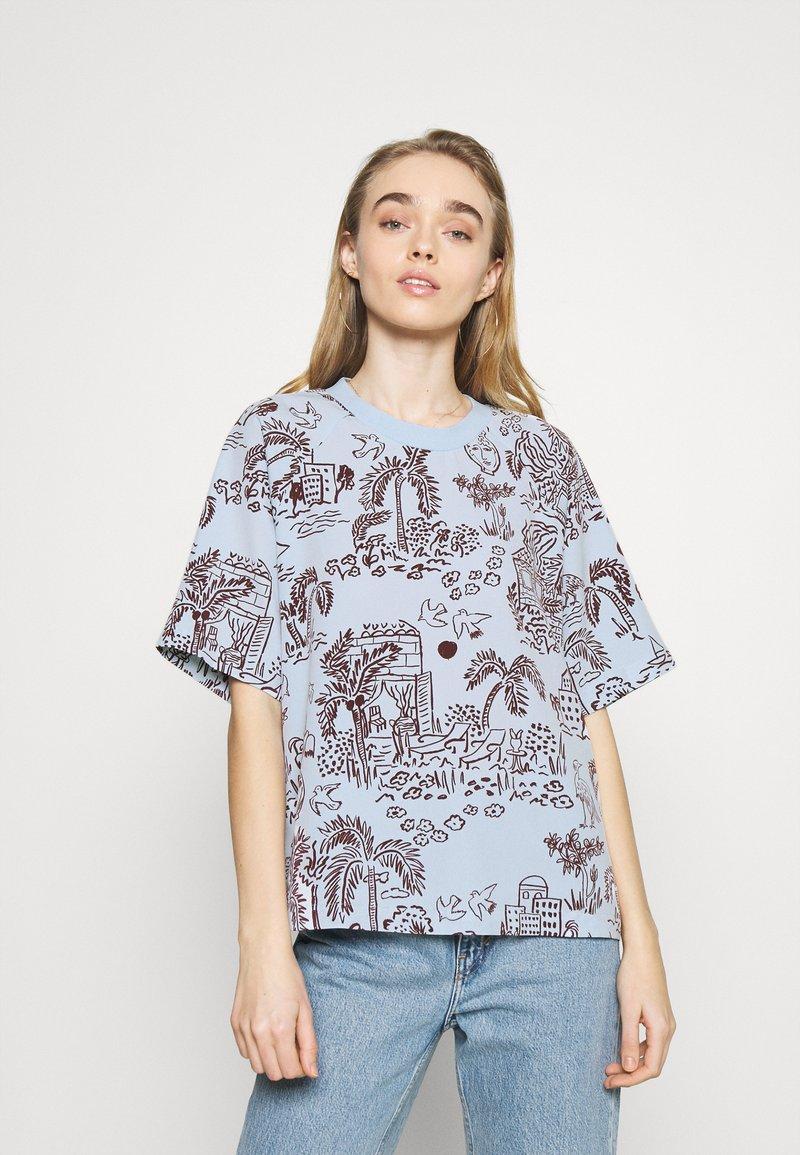 Monki - T-shirts med print - blue