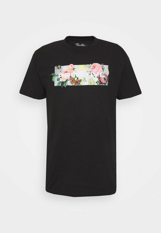 DAYBREAK TEE - Print T-shirt - black