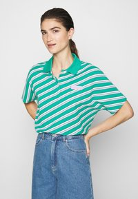Lacoste LIVE - Polo shirt - greenfinch/multicolor - 0