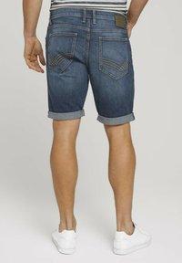 TOM TAILOR - Denim shorts - dark stone wash denim - 2