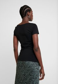 Anna Field - 2 PACK  - Basic T-shirt - black - 3