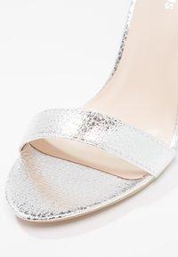 Glamorous - Sandalias de tacón - silver - 6