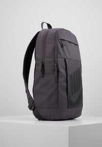 Nike Sportswear - ELEMENTAL UNISEX - Mochila - thunder grey/black - 3