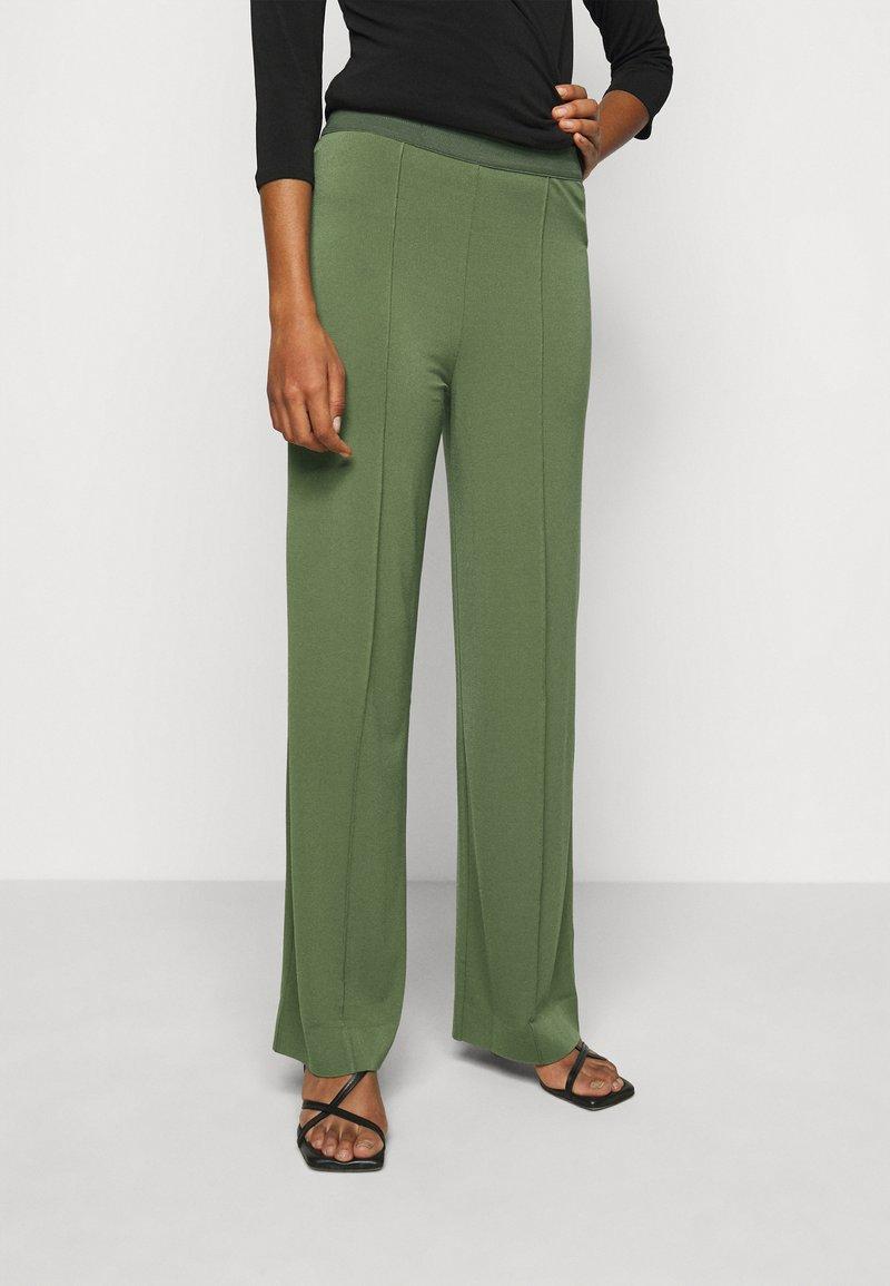 By Malene Birger - MIELA - Trousers - clover green