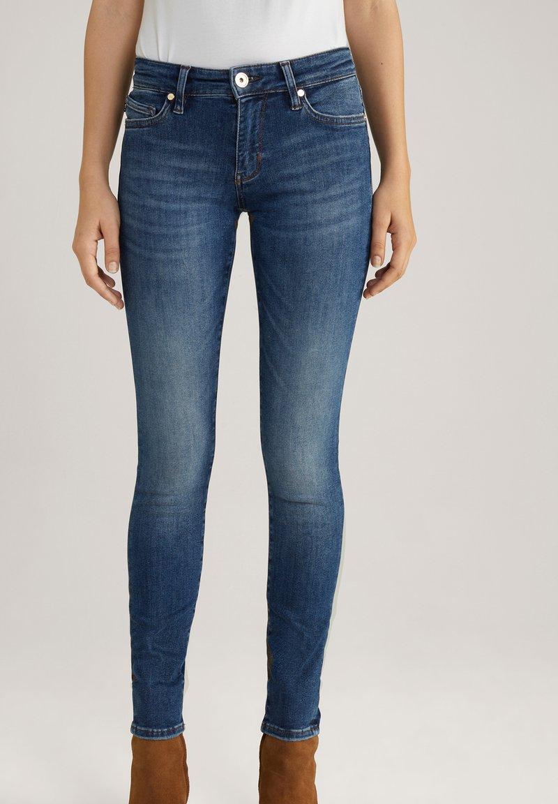JOOP! - SUE - Jeans Skinny Fit - blue washed