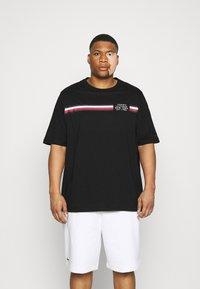 Tommy Hilfiger - SPLIT TEE - Print T-shirt - black - 0
