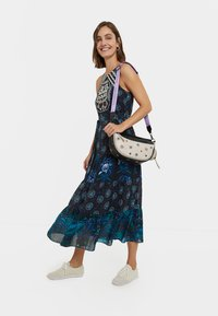 Desigual - DESIGNED BY M. CHRISTIAN LACROIX: - Sukienka letnia - black - 1