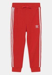 adidas Originals - CREW SET UNISEX - Survêtement - red/white - 2