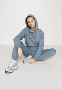 NU-IN - FIT - Tracksuit bottoms - blue - 3