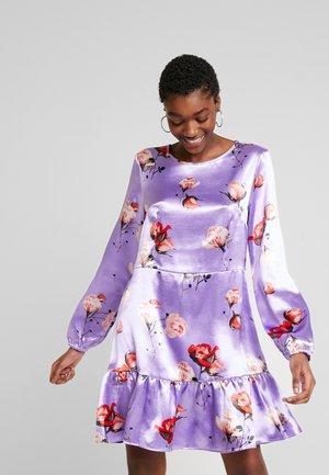 FIA DRESS - Jersey dress - purple