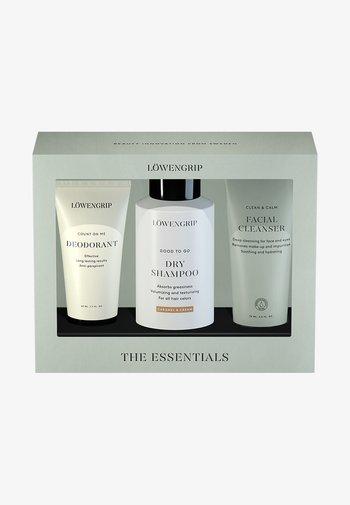 LÖWENGRIP - THE ESSENTIALS - Skincare set - -