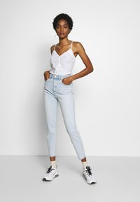 Neuw - LOLA MOM - Relaxed fit jeans - atmosphere - 1