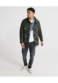 Superdry - SUPERDRY UTILITY FIELD JACKET - Outdoor jacket - army camo - 1