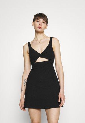 PHOEBE MINI DRESS - Hverdagskjoler - black