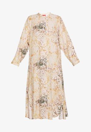 CAUSA - Košilové šaty - powder pink