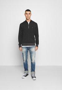 Calvin Klein - BASEBALL ZIP - Stickad tröja - black - 1