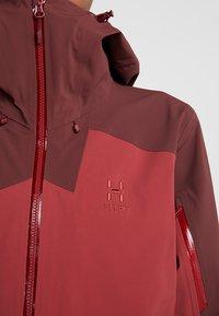 Haglöfs - STIPE JACKET WOMEN - Snowboard jacket - brick red/maroon red - 8