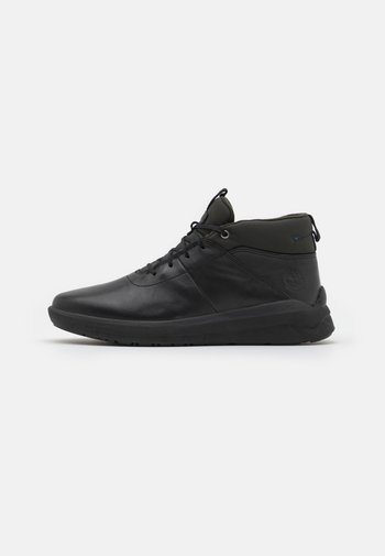 BRADSTRULTRA WP - High-top trainers - black