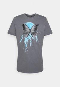 CLOSURE London - BUTTERFLY TEE - Print T-shirt - slate grey - 0