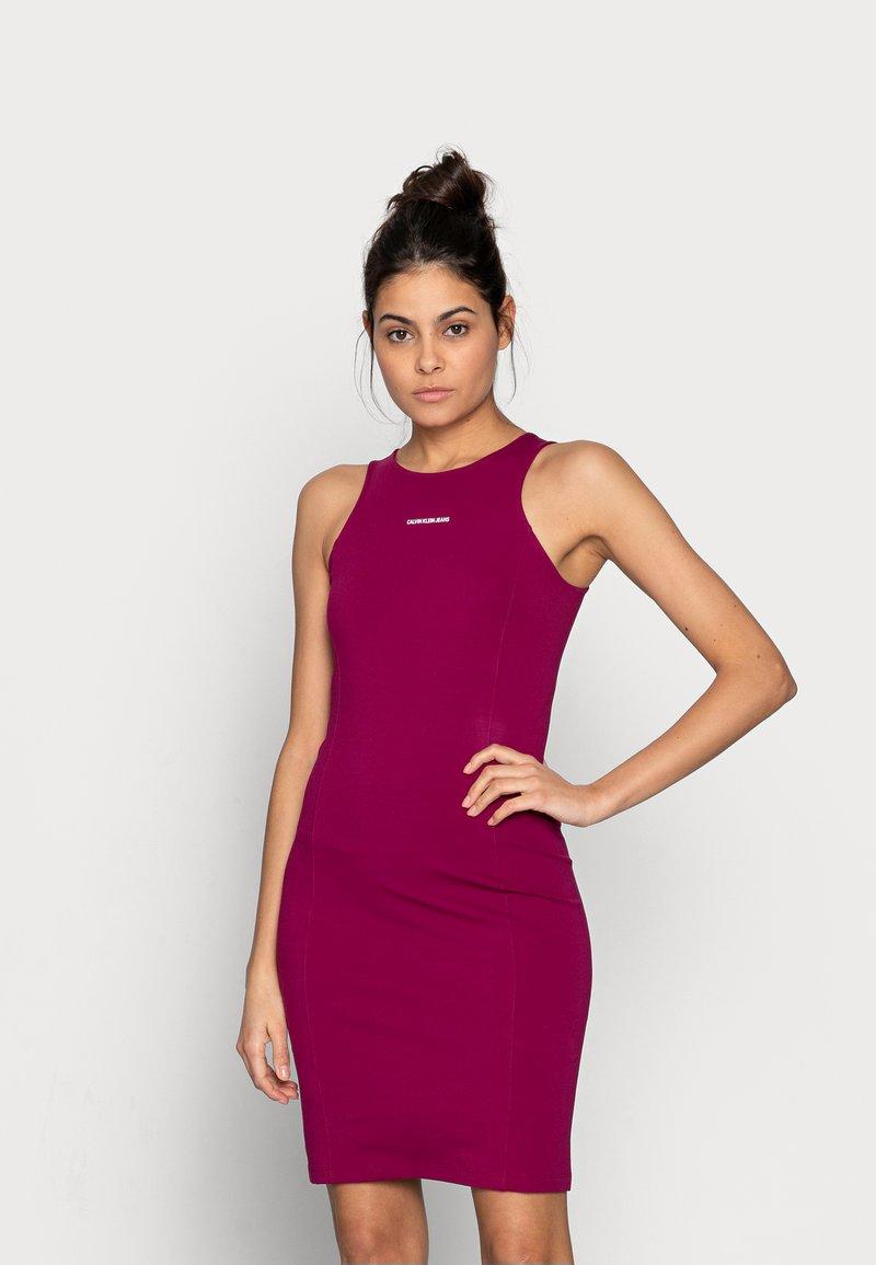 Calvin Klein Jeans - MICRO BRANDIN RACER BACK DRESS - Jerseyjurk - purple