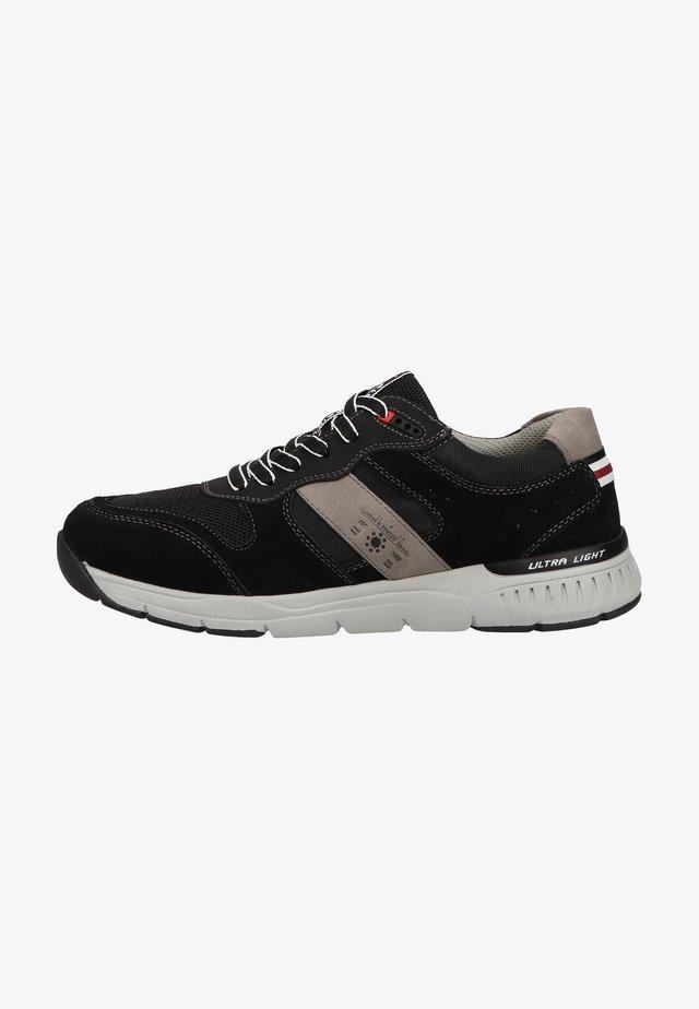 Sneakers - schwarz / kombiniert