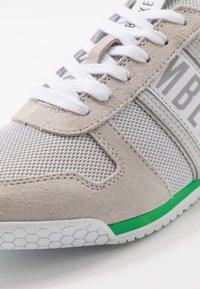 Bikkembergs - ENRICUS - Sneakersy niskie - pearl grey - 5