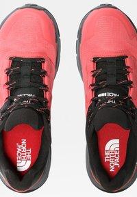 The North Face - EXPLORIS FUTURELIGHT - Hiking shoes - fiesta red tnf black - 3