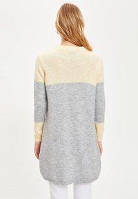 DeFacto - T-shirt à manches longues - yellow - 1