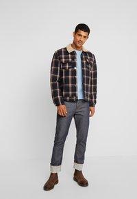 Amsterdenim - REMBRANDT SELVEDGE - Straight leg jeans - rauw blauw - 1