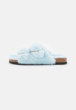 DOUBLE STRAP FLUFFY FLAT - Ciabattine - light blue