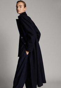 Massimo Dutti - Kappa / rock - dark blue - 2