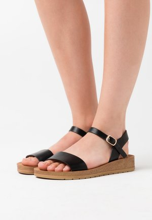 WIDE FIT FRANKIE - Wedge sandals - black